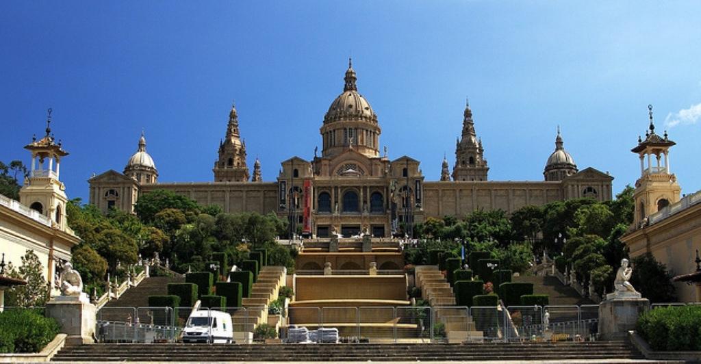 Музей Национального Искусства Каталонии  Путеводитель